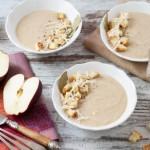 Σούπα με μήλο, γραβιέρα και σπιτικά κρουτόν
