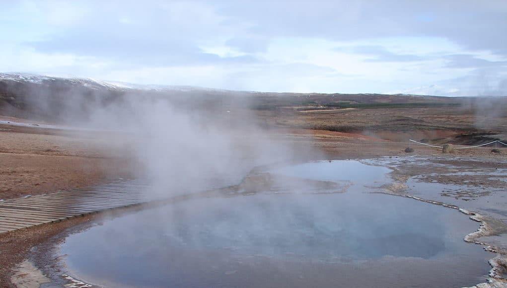 Έρευνα: Tο νερό που εξατμίζεται μπορεί να αποτελέσει νέα ανανεώσιμη πηγή ενέργειας